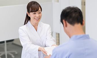 転職に成功するか不安な薬剤師必見!転職体験談4選と成功者の共通点