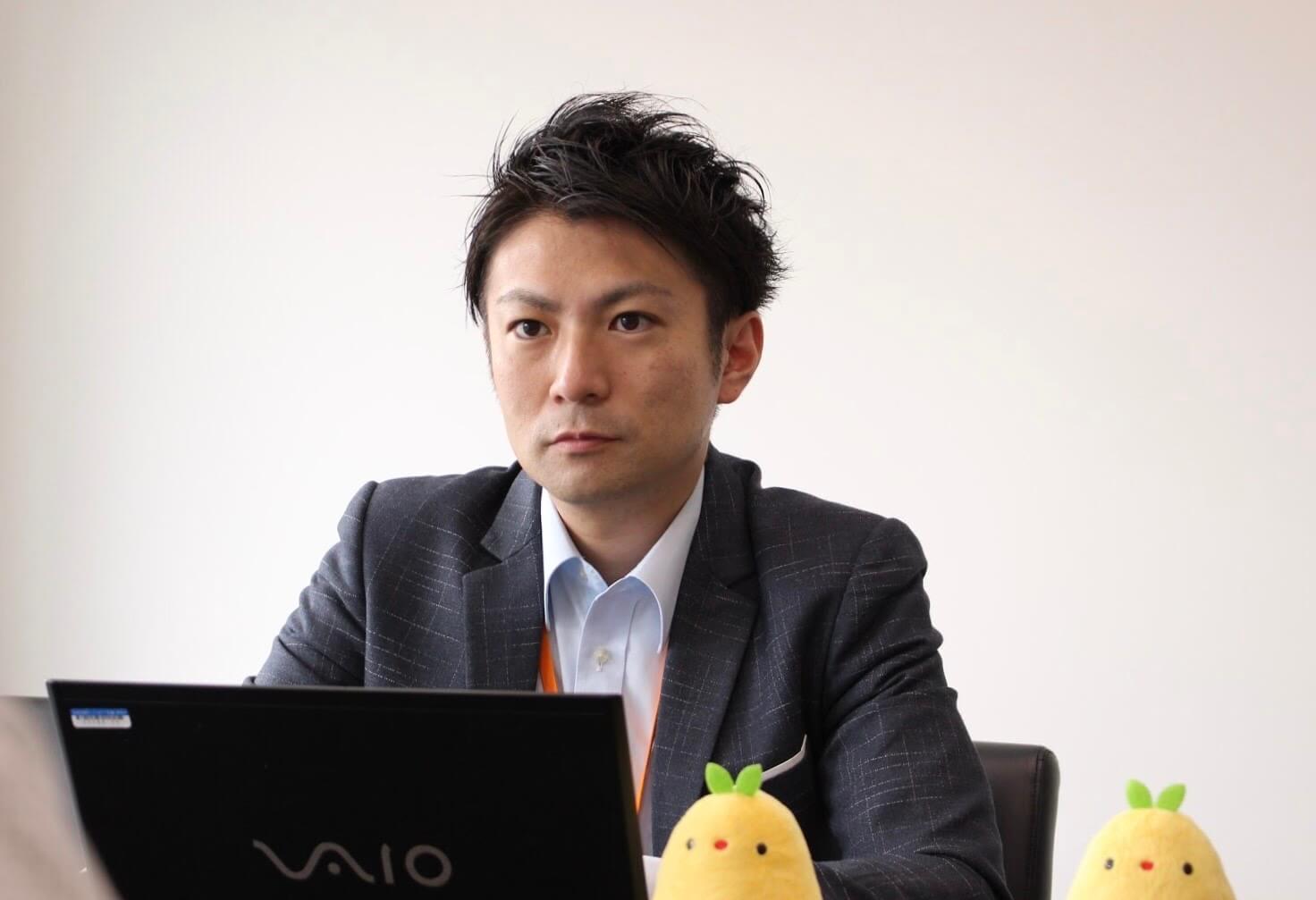 取材に回答する株式会社メディカルシステムネットワークの鈴木達彦さん